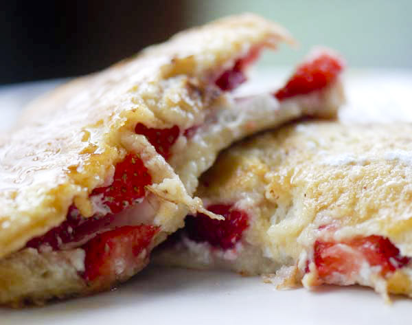 Strawberry Creamcheese Stuffed French Toast