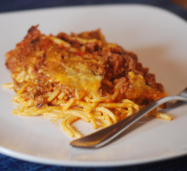 How to cook spaghetti with cheese and mince