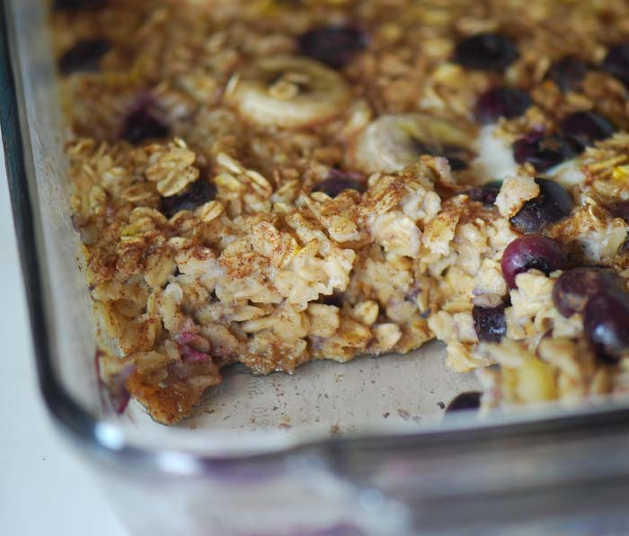 Baked Oatmeal w/ Blueberries and Bananas – Recipe Diaries