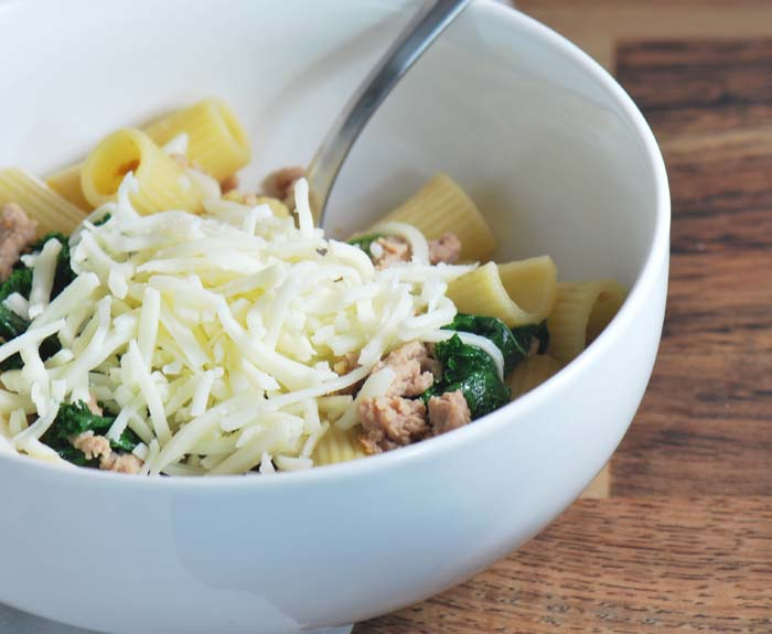 rigatoni with sausage and kale 009