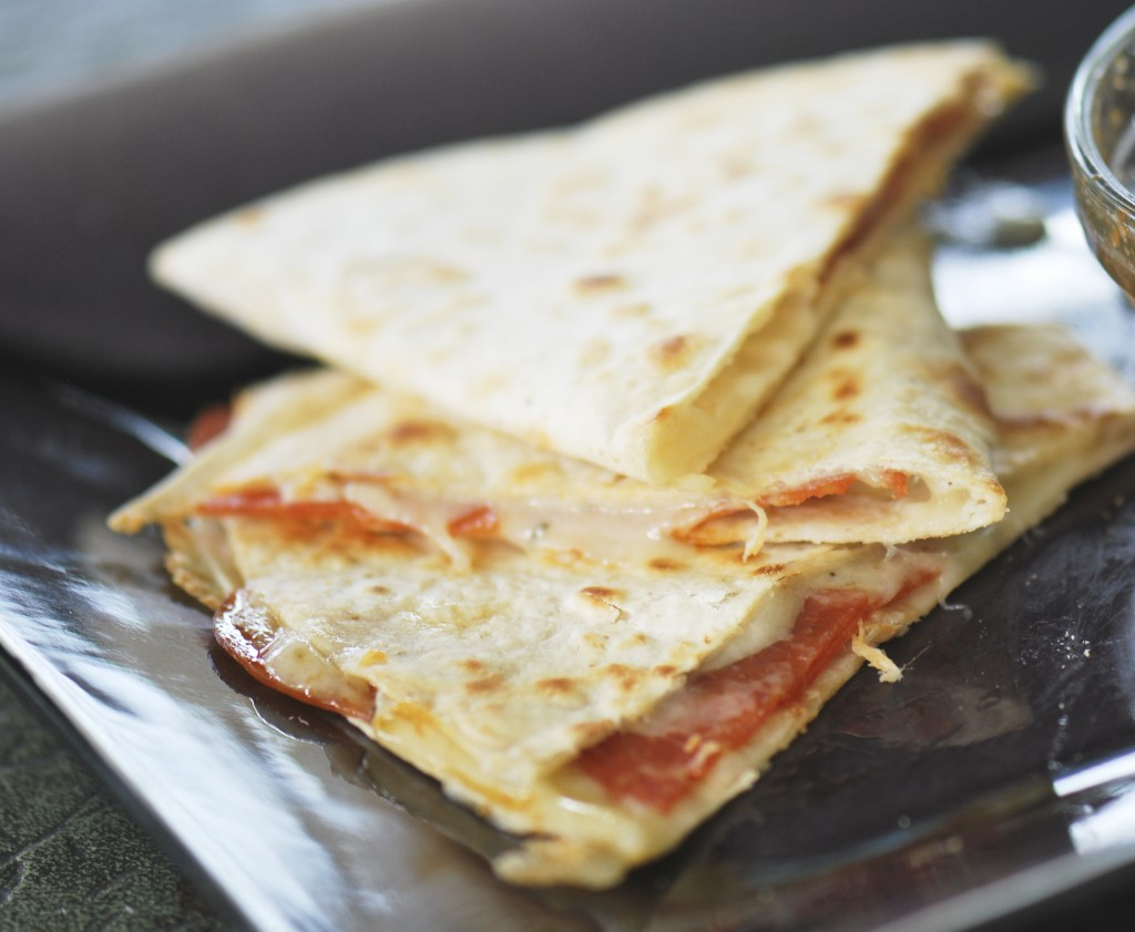 pizza quesadillas 002