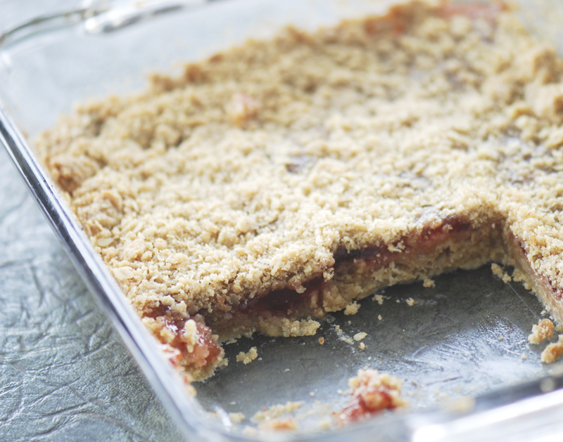 Strawberry Oatmeal Bars – Recipe Diaries