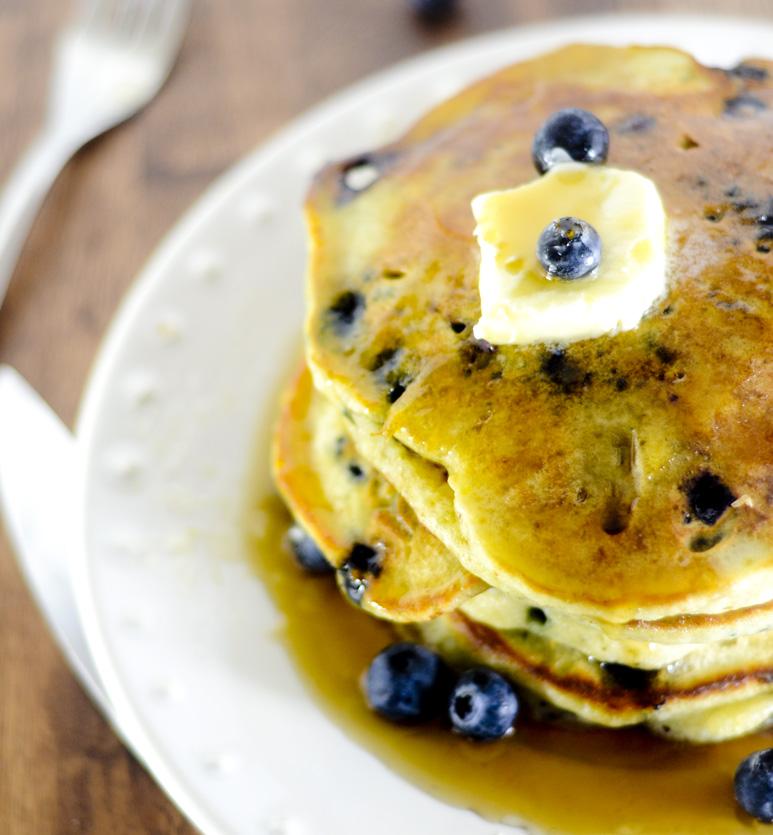 trisha yearwood lemon blueberry pancakes 019