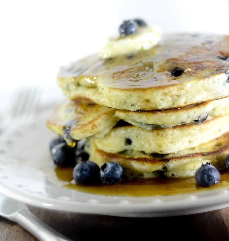 trisha yearwood lemon blueberry pancakes 022