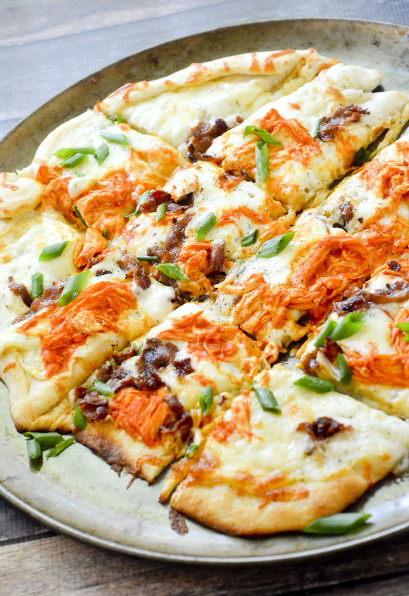 Buffalo Chicken Ranch Pizza 001