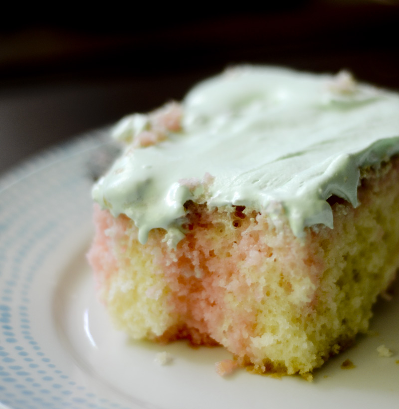 Watermelon Poke Cake 011