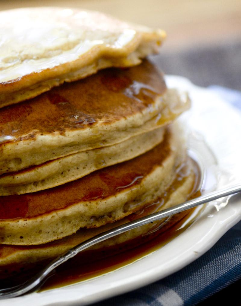 Cinnamon Applesauce Pancakes 012