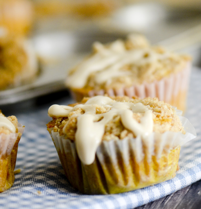 pumpkin streusel muffins 016