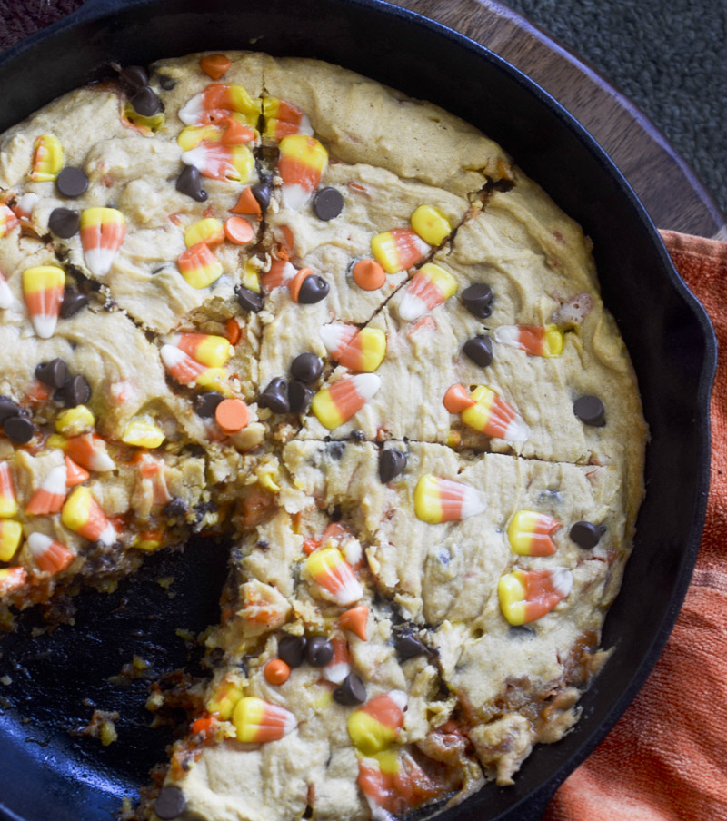 Candy Corn Cookie Pizza 002