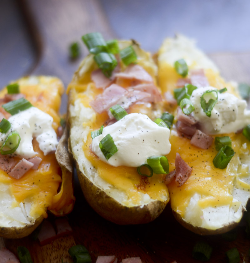 bacon and cheddar baked potatoes 014