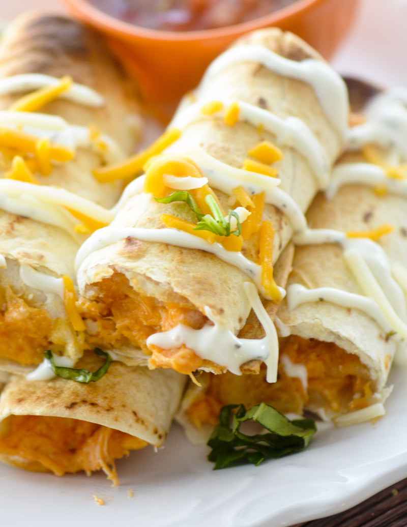 baked buffalo chicken taquitos 045