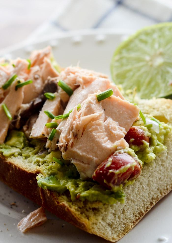 Salmon Guacamole Sandwiches