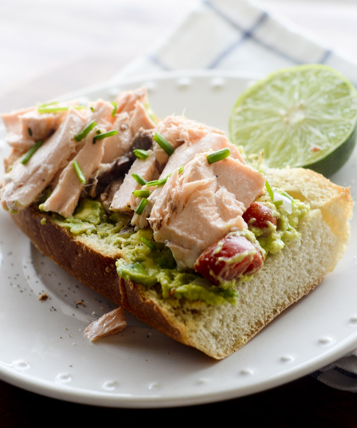 avocado salmon sandwich 007
