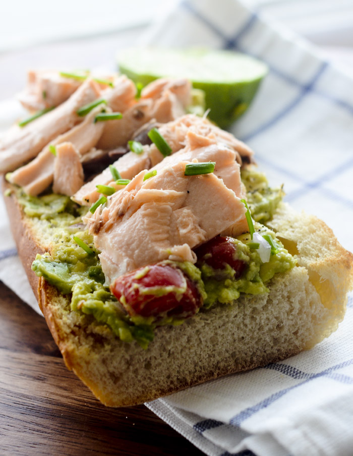avocado salmon sandwich 011