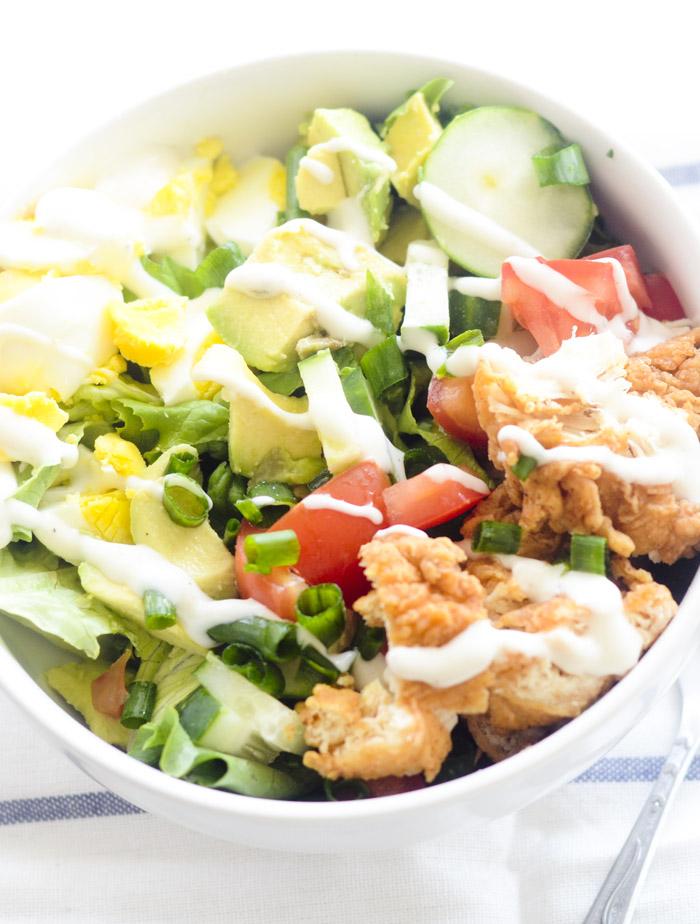 chicken tender cobb salad 008