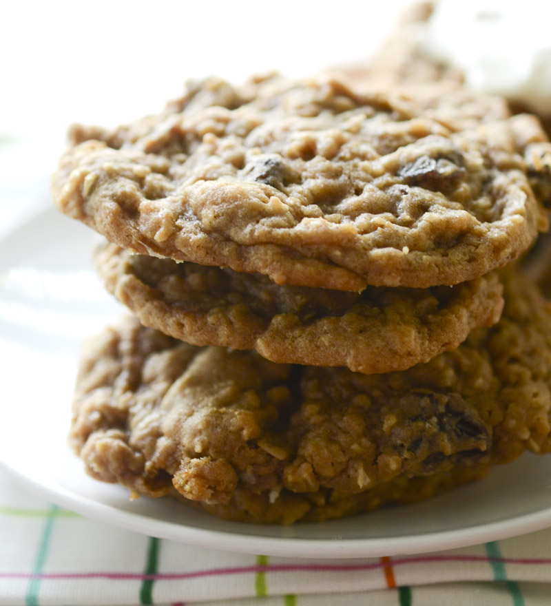 soft and chewy oatmeal raisin cookies 024