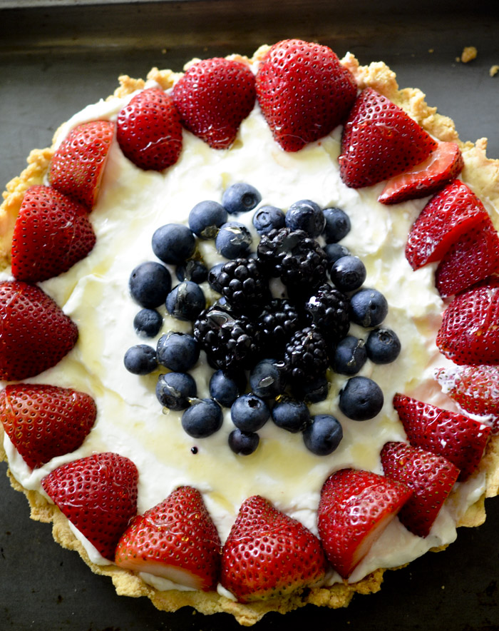 mixed berry and lemon tart 009