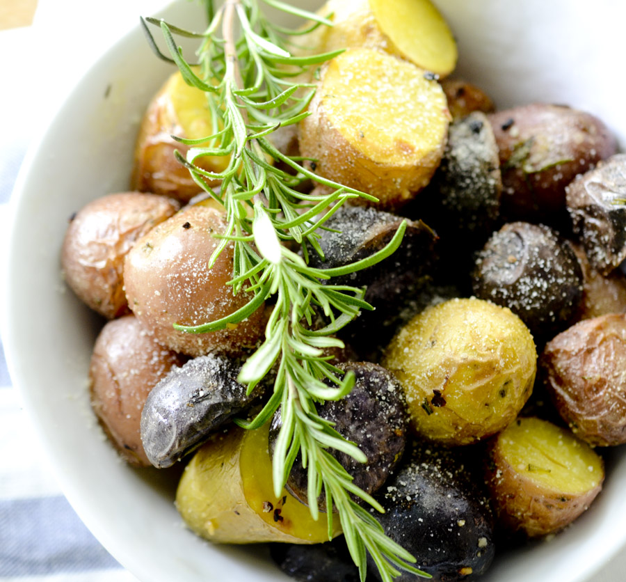 Red, White, and Blue Rosemary and Parmesan Potatoes - perfect side dish for the 4th of July
