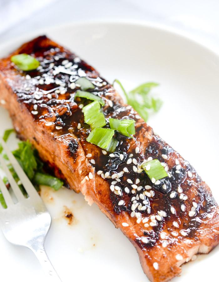 sriracha glazed salmon 001
