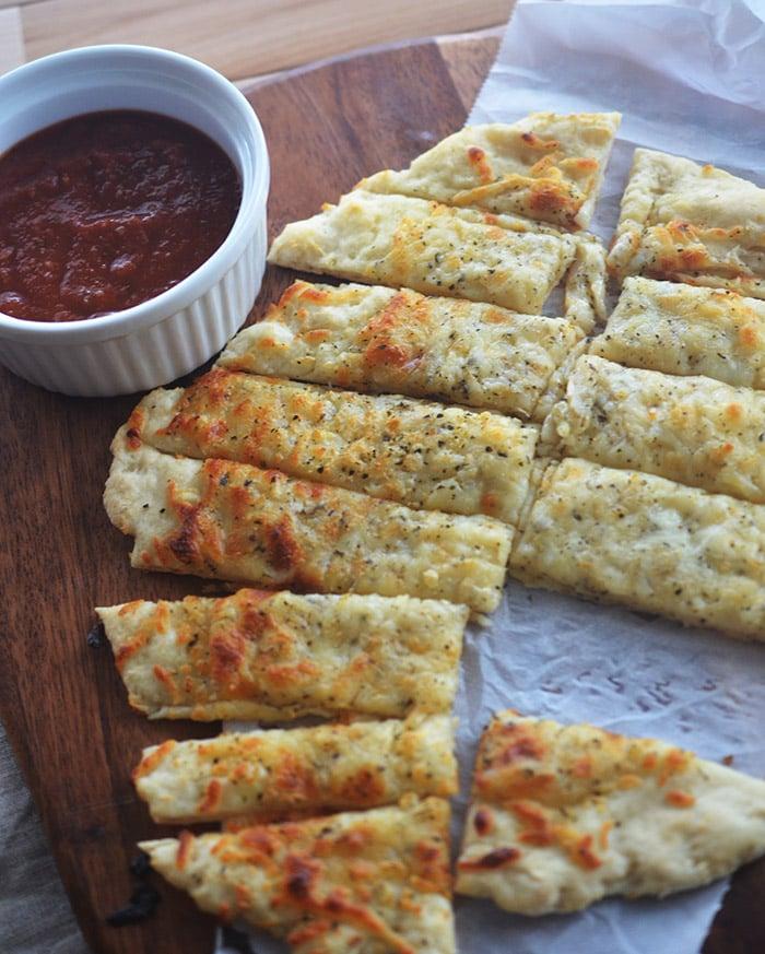 Easy Cheesy Garlic Bread Sticks