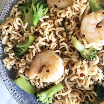 Ramen Noodles with Shrimp and Broccoli